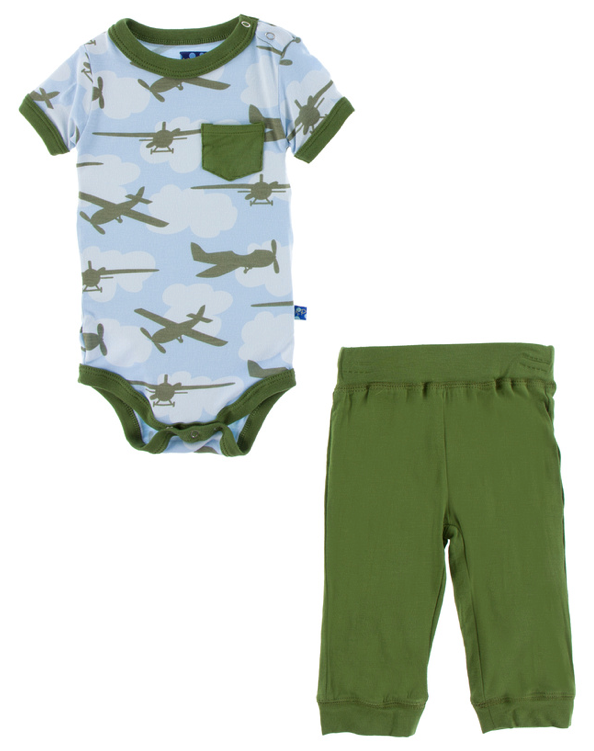 Pond Airplanes Short Sleeve Pocket One Piece & Pant Set
