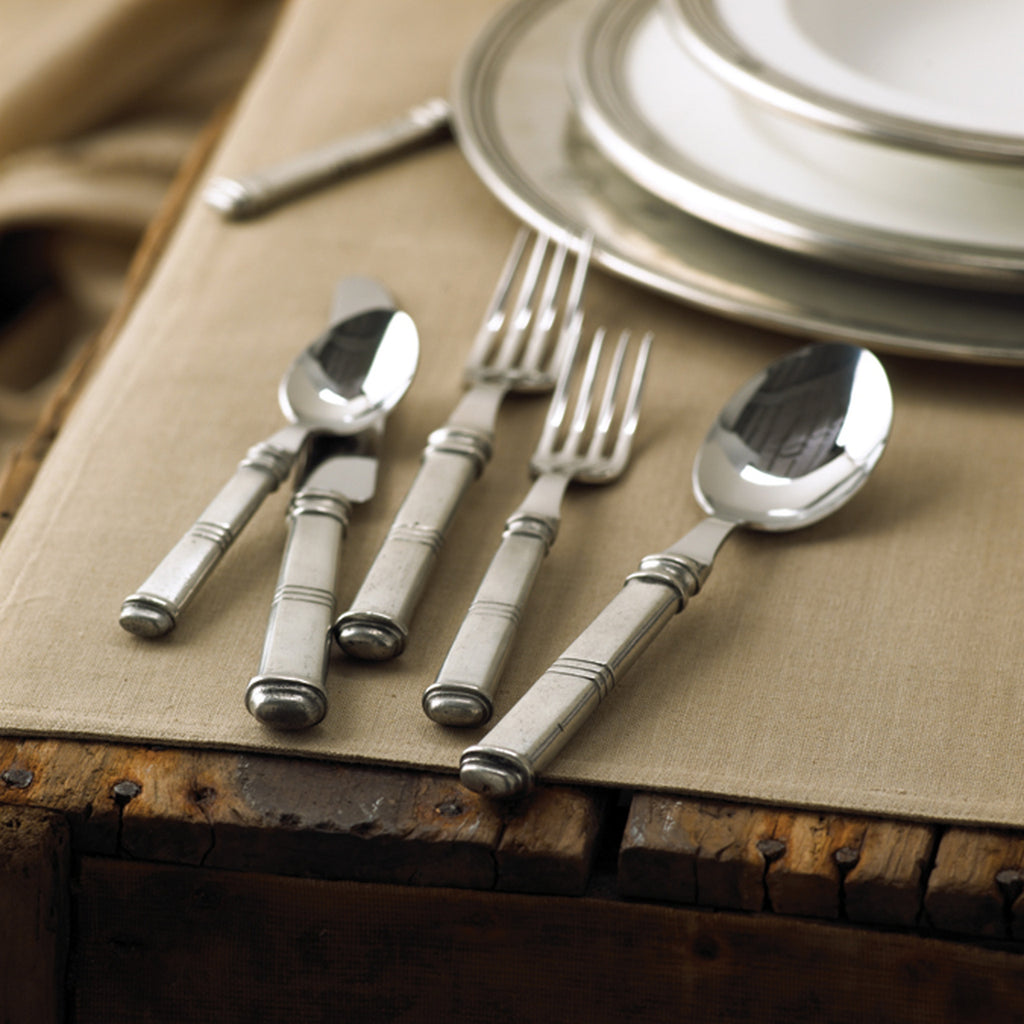 Isabella 5 pc. Place Setting