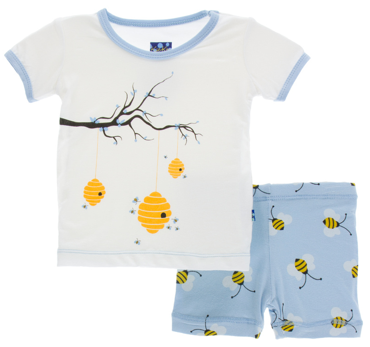 Pond Bees Short Sleeve Pajama Set w/ Shorts