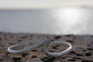 4mm Sterling Silver Straight Edge Wave Bangle - Hawaiian Jewelry