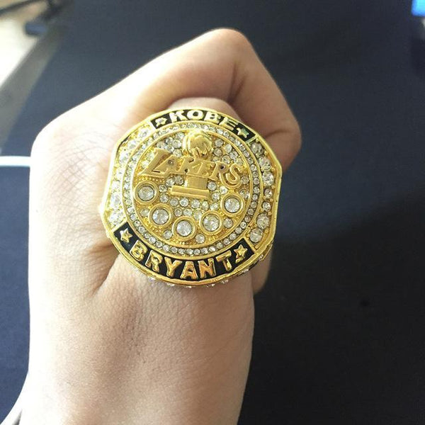 Kobe Bryant Retirement Commemorative Ring SET