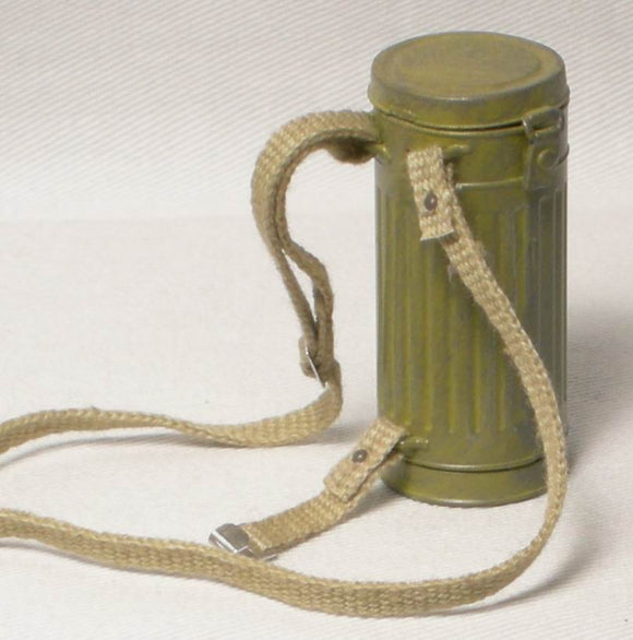 German - Cas Mask Canister Strap 4 (khaki)