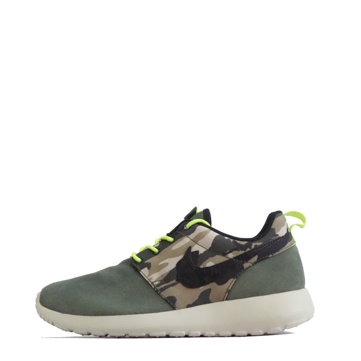 buying cheap shades of buying now Nike Roshe Run Camo Junior Trainers, Mica Green/Black