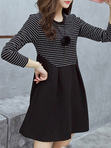 Casual Round Neck Striped Skater Dress