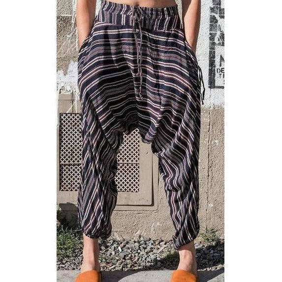 Chainlink Harem Pant. Front view
