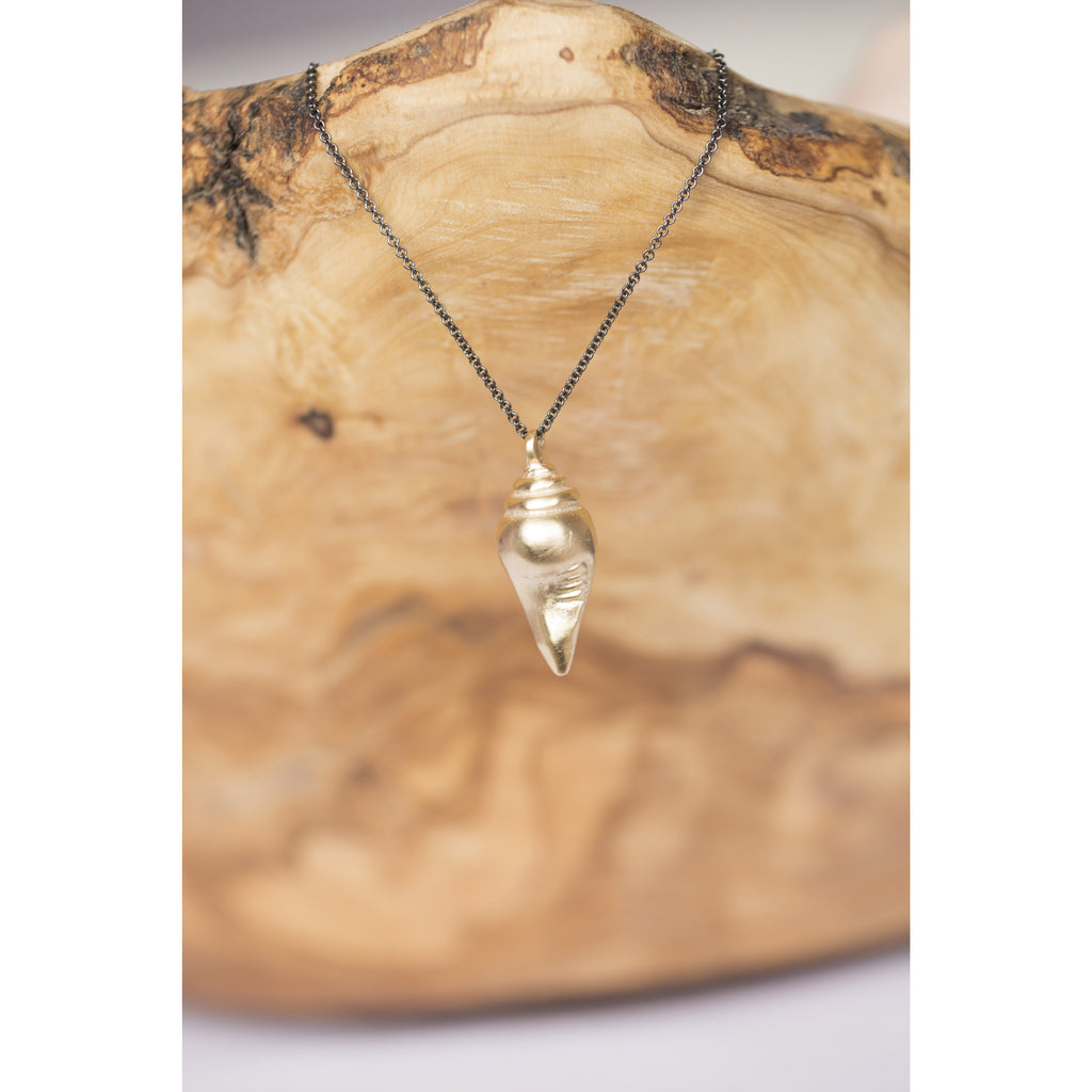 Yogi's Conch Shell Necklace Jewelry- Sage Moon