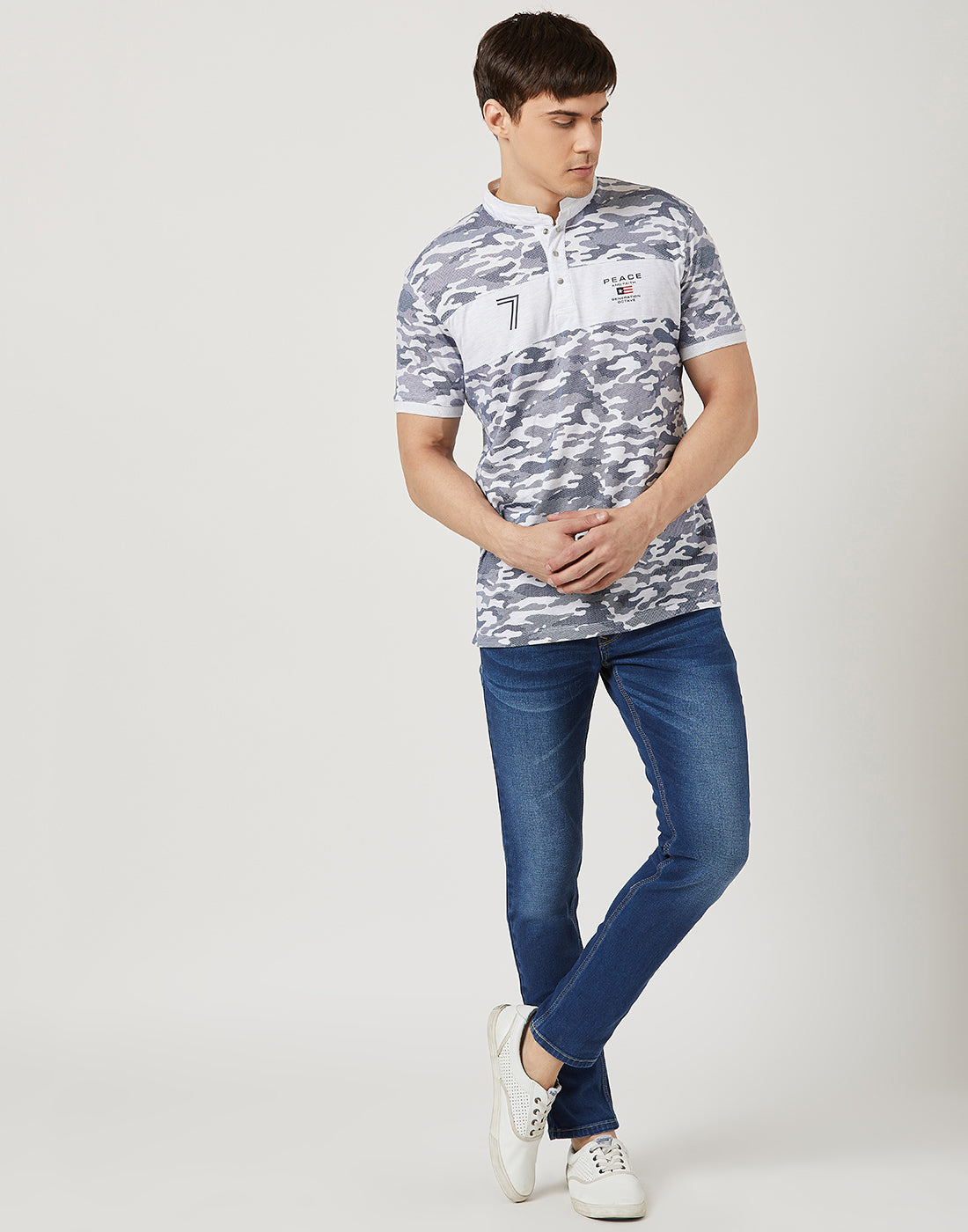 Octave Men White Camouflage T-shirt