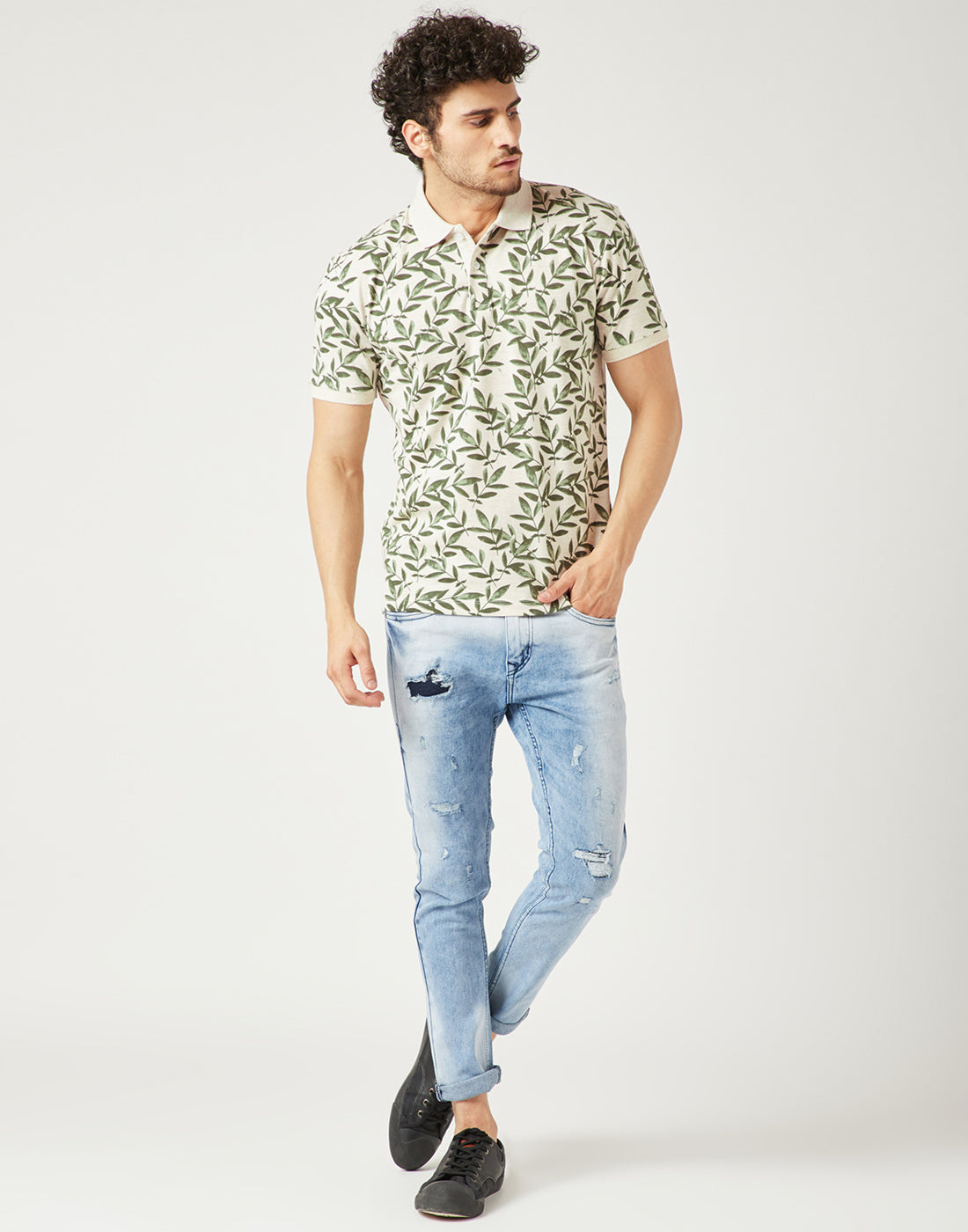 Octave Men Olive Green Printed Polo Tshirt