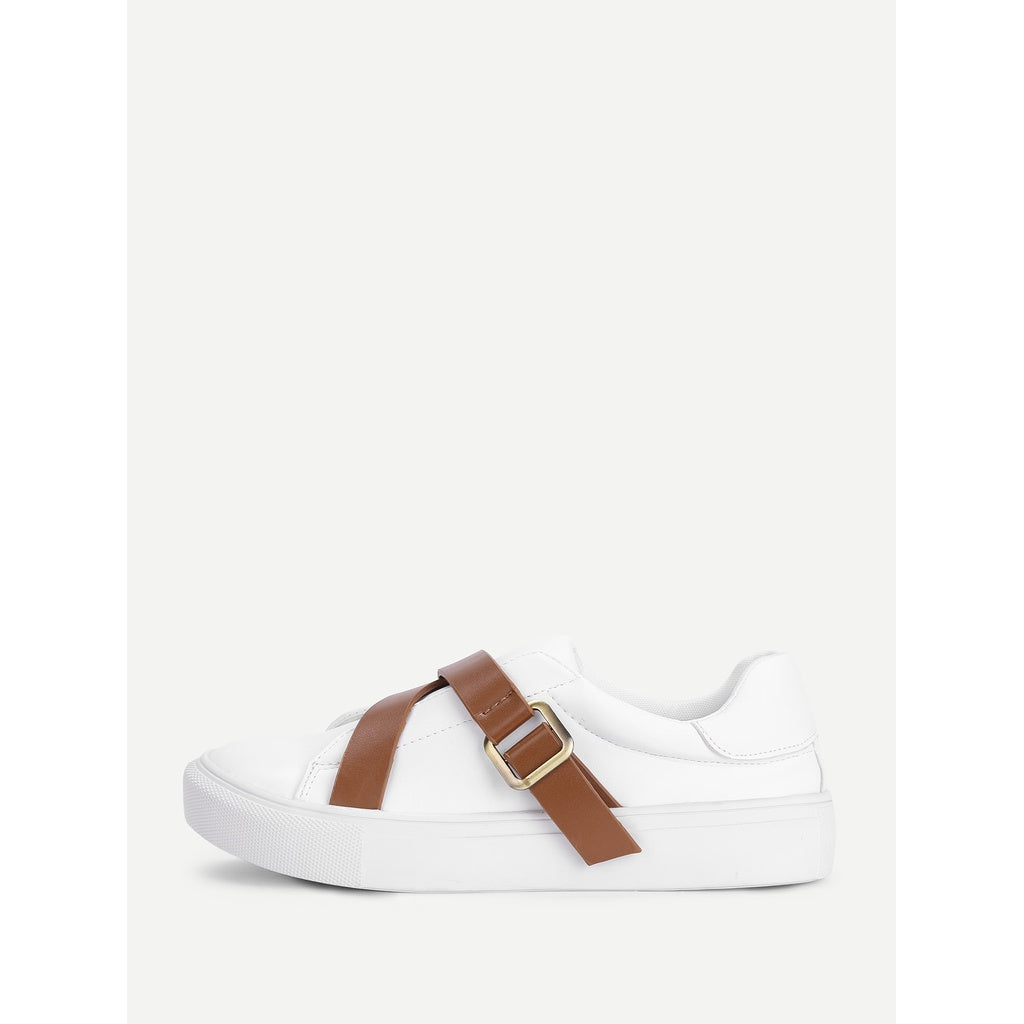 Contrast Buckle Flat Trainers