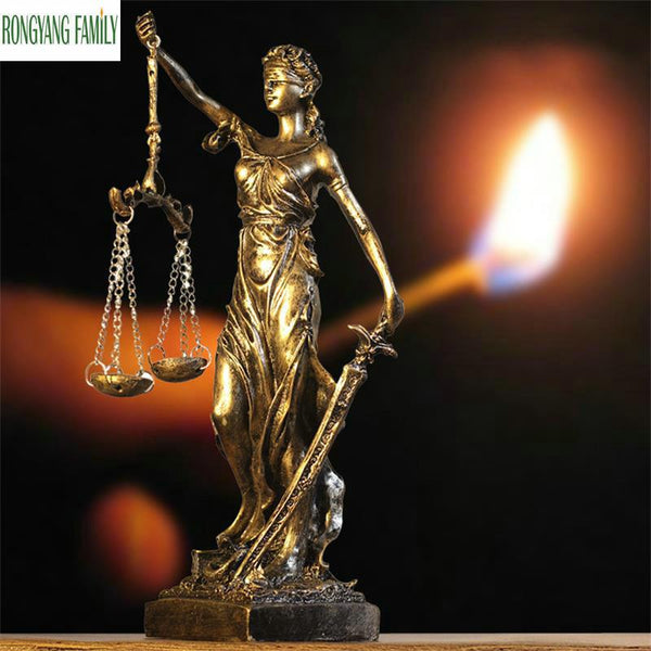 Ancient Greek Goddess Of Justice Sculpture European Retro Resin Ornaments Statue