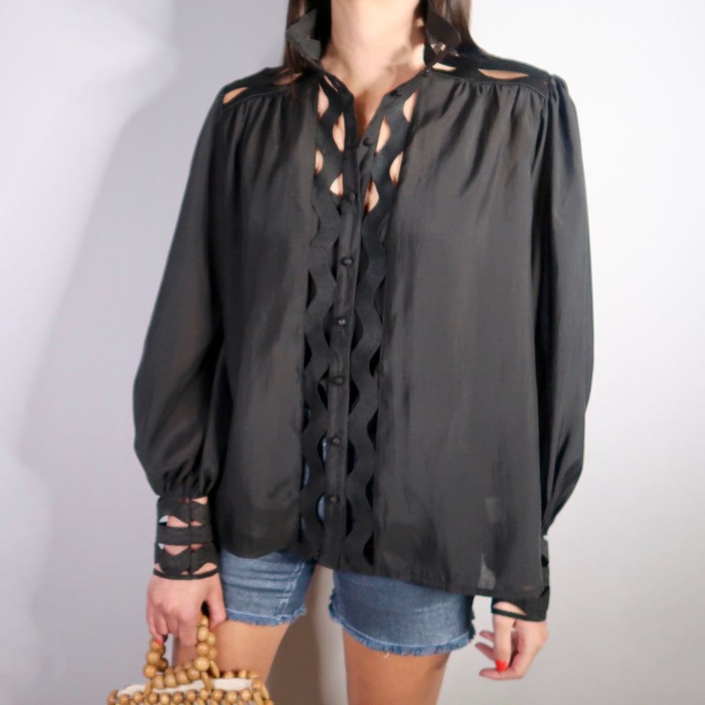 ELOISE BLACK FRONT DETAIL SHIRT - Celeb Threads