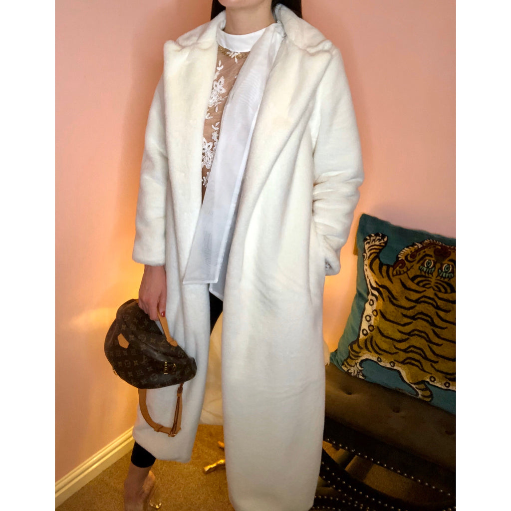 ISLA WHITE FAUX FUR LONGLINE COAT - Celeb Threads