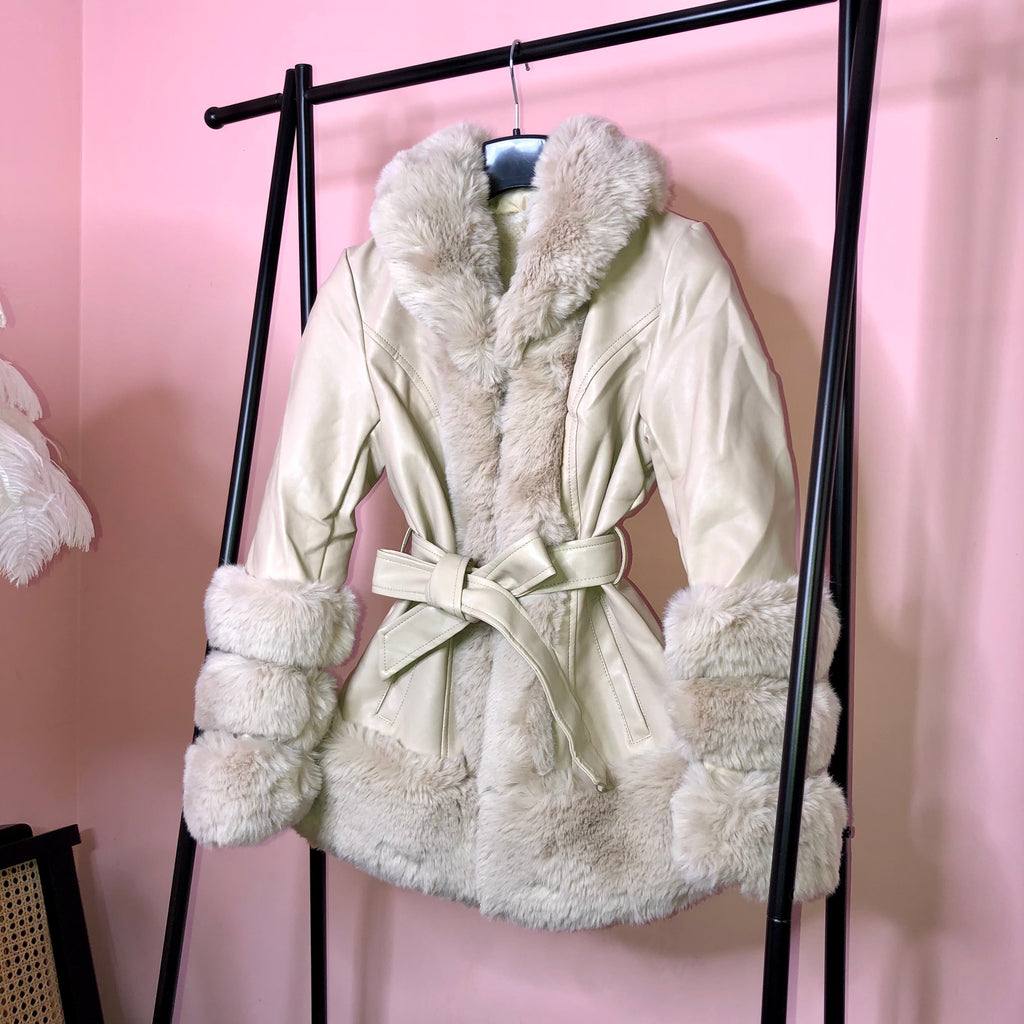 Cream Faux Fur Trim Belted Short Coat