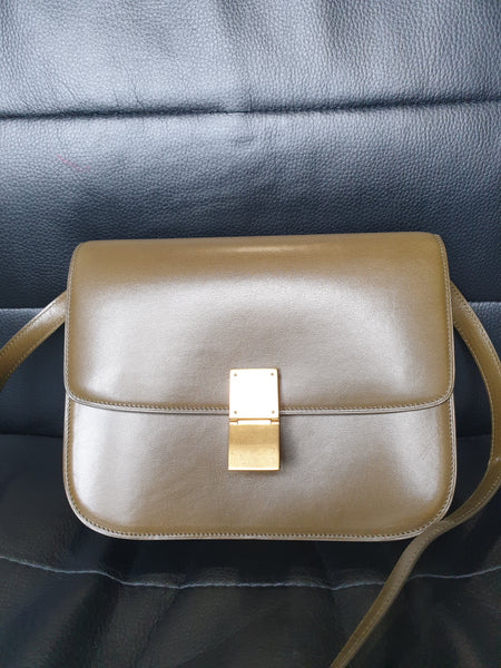 CELINE | Classic Medium Box Bag