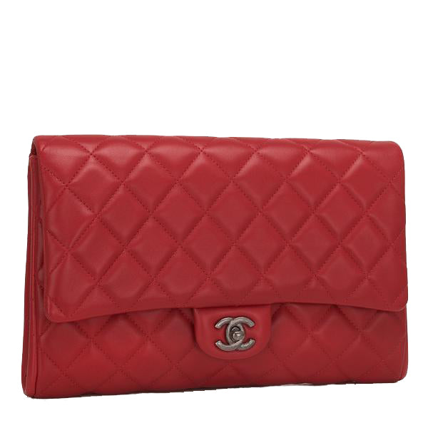 CHANEL | Lambskin Clutch with Chain