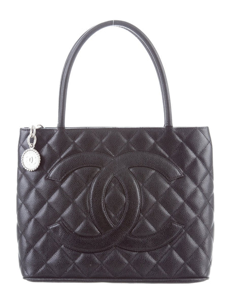 CHANEL | Caviar Medallion Tote
