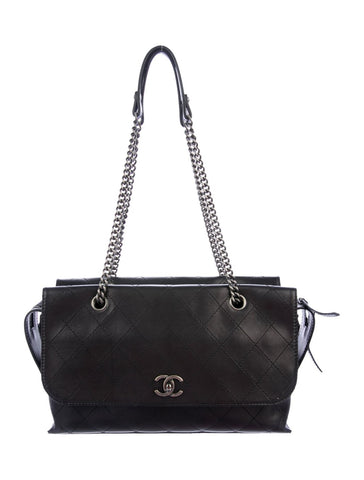 CHANEL | Urban Luxury Shopping Tote