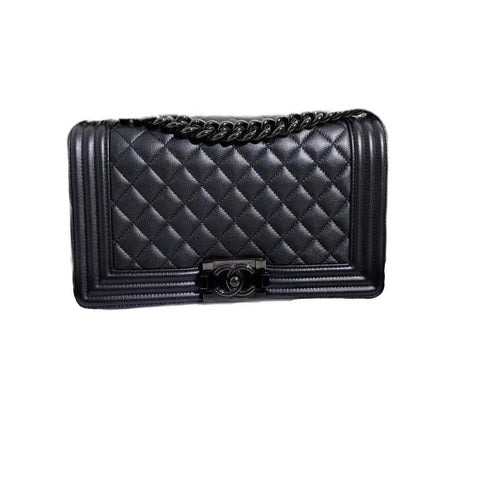 Chanel Boy Caviar Medium Black