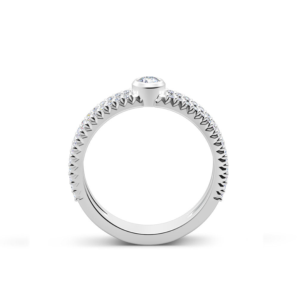 Inspiré Split-Band Diamond Bezel Ring in 18K Gold