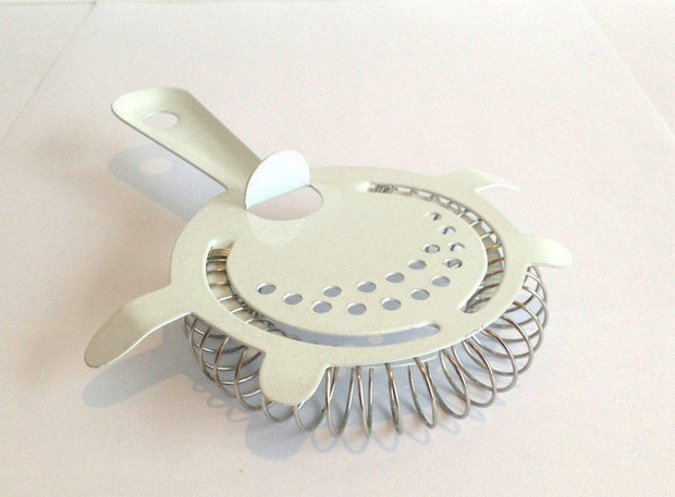 White 4 Prong Strainer