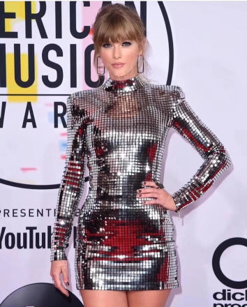 See Taylor Swift's New Look at the 2018 American Music Awards