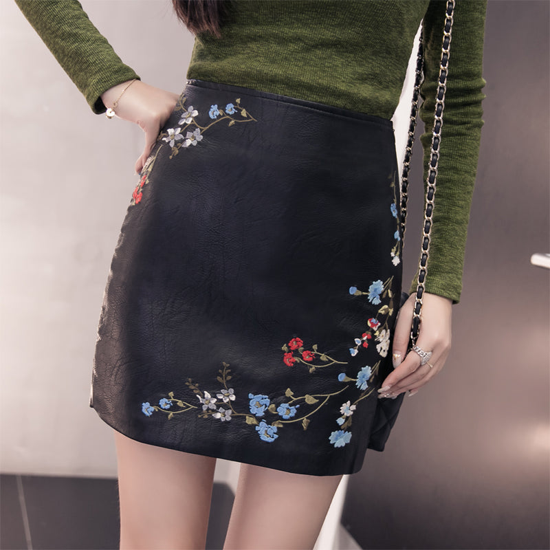 Flower Embroider Leather Skirt