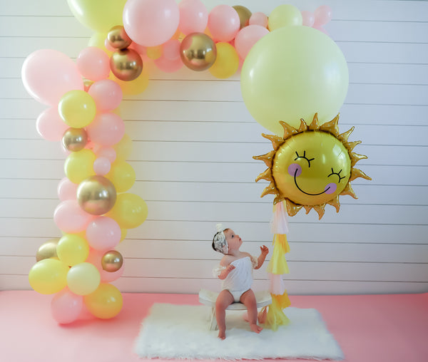 DIY Pink Lemonade Sunshine Balloon Garland