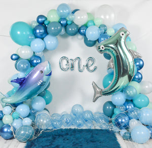 DIY Shark Balloon Garland