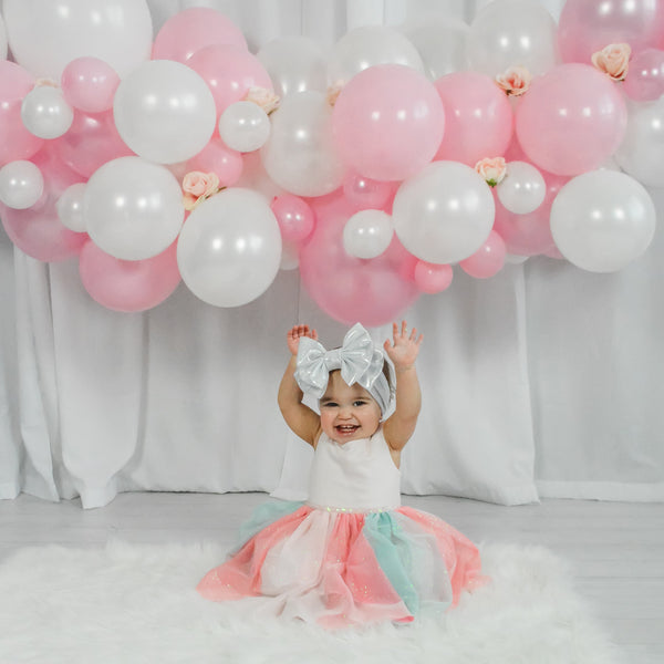 DIY Pink & White Balloon Garland