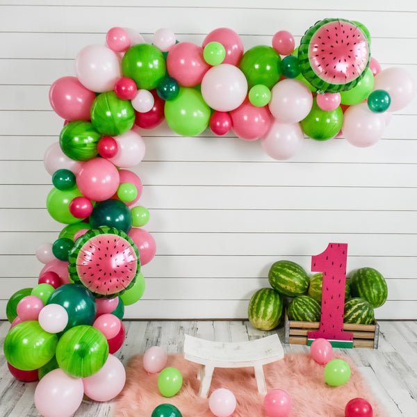 DIY Watermelon Balloon Garland (Pink)