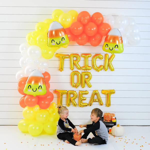 DIY Halloween Candy Corn Balloon Garland