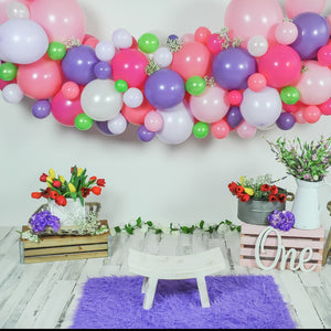 DIY Spring on Easter Balloon Garland