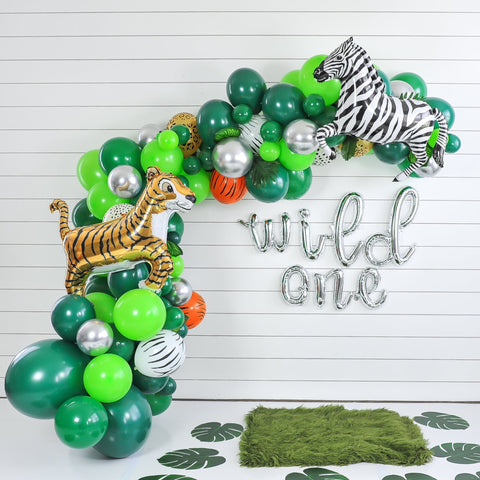 DIY Wild One Jungle Balloon Garland