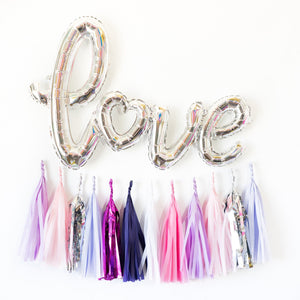 Script Love Bride Balloon Banner