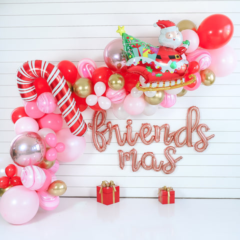 DIY Friendsmas Balloon Garland