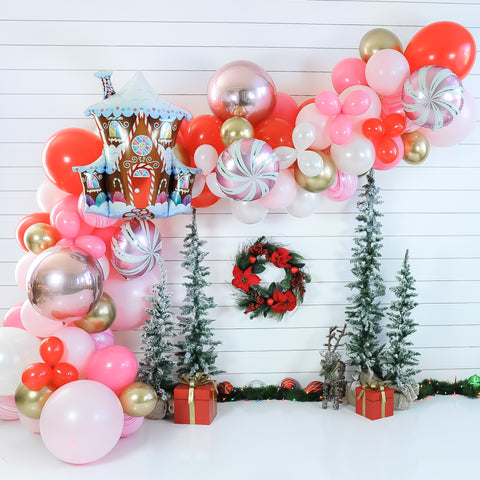 DIY Gingerbread Balloon Garland