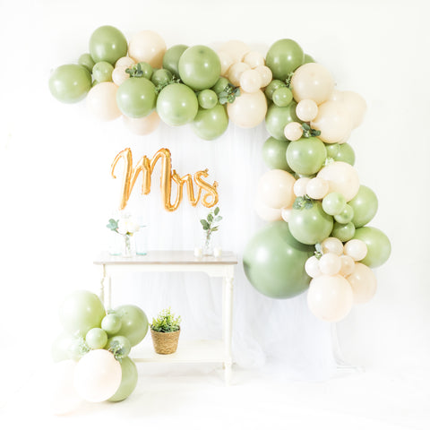 DIY Eucalyptus Balloon Garland