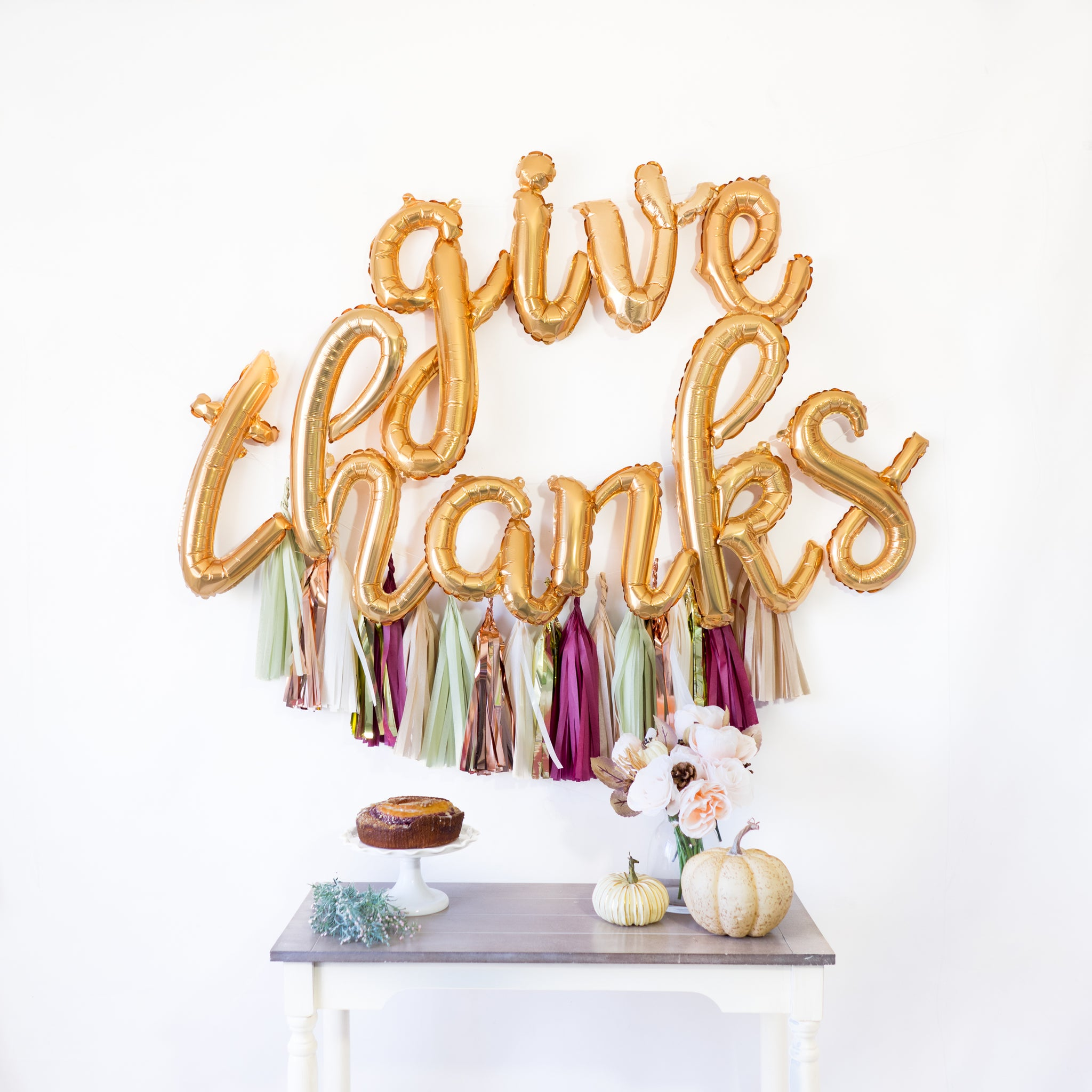 Script Give Thanks Balloon Banner