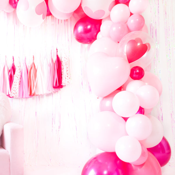DIY Valentine Balloon Garland