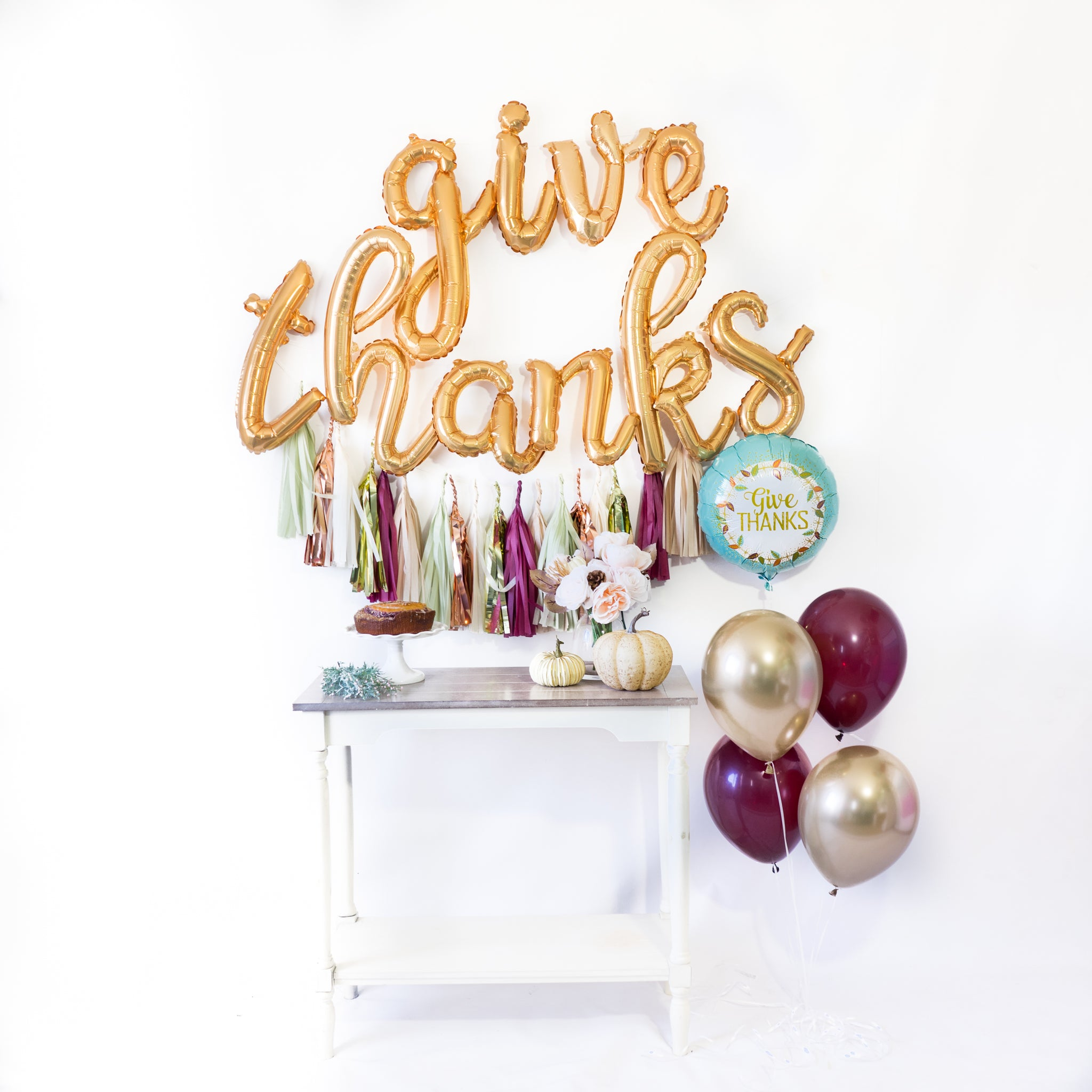 Script Give Thanks Balloon Tassel Party Box