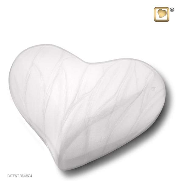Heart Pearl White Keepsake