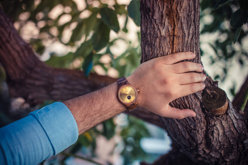 Sophisticated Wood Wrist Watch