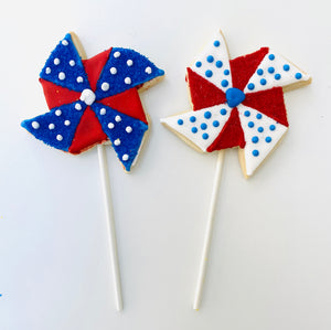 PATRIOTIC PINWHEEL COOKIE POPS