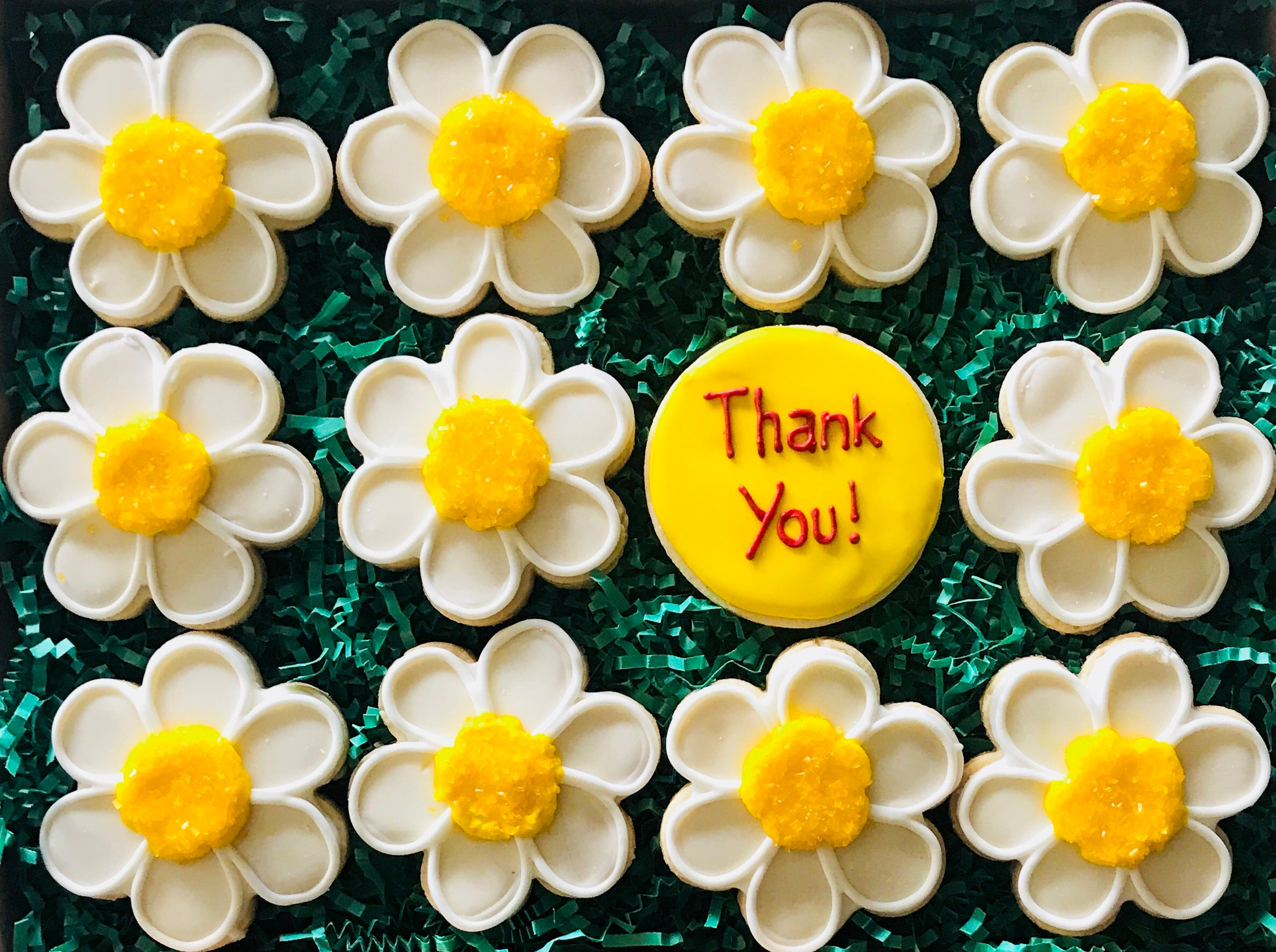 COOKIE BOX THANK YOU DAISIES