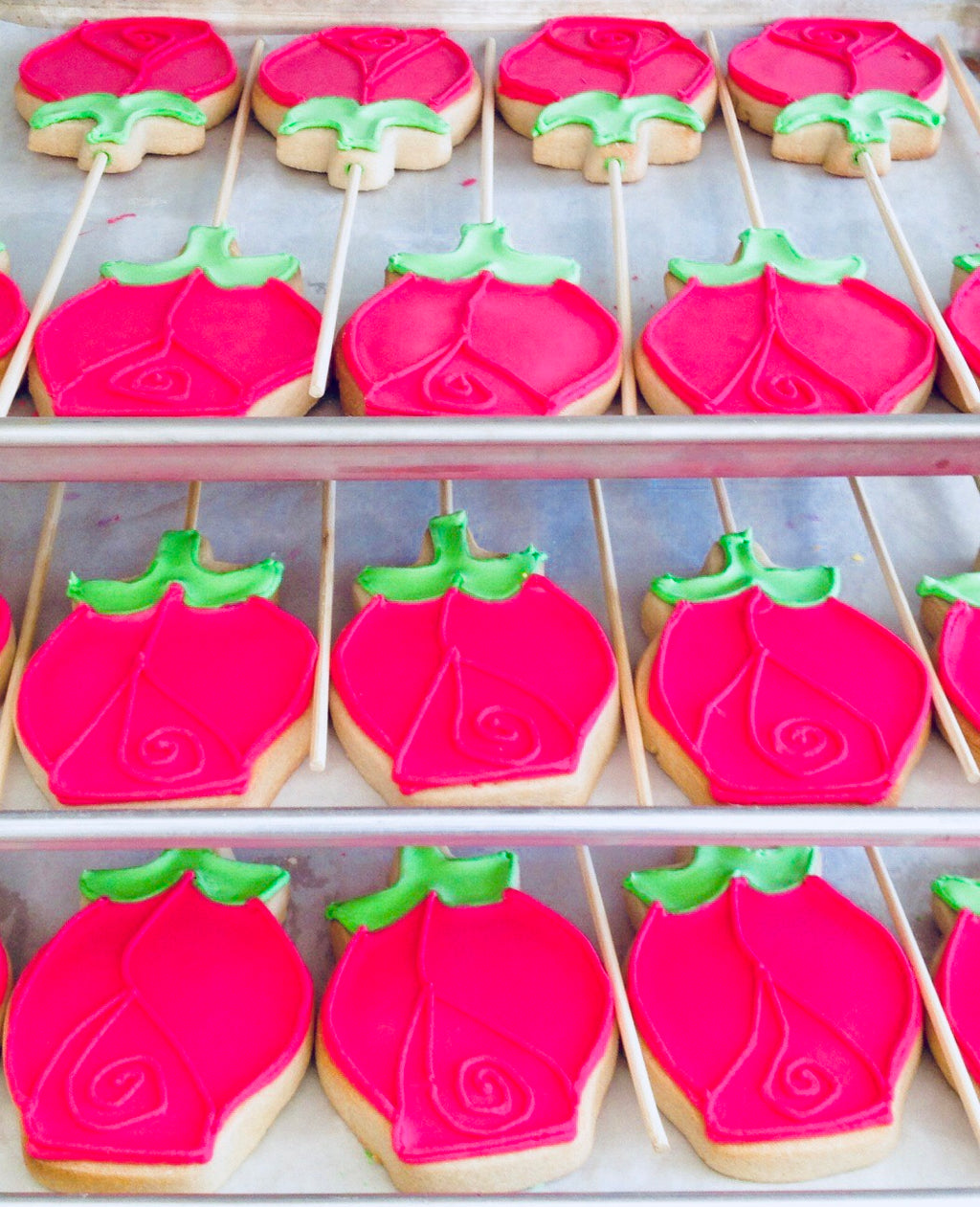 COOKIE FAVORS ROSES