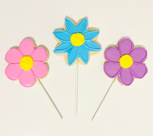 EASTER FLOWER COOKIE POPS