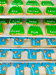 COOKIE FAVORS LUAU