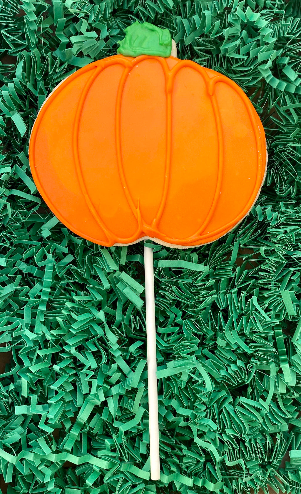 THANKSGIVING ORANGE PUMPKIN COOKIE POPS