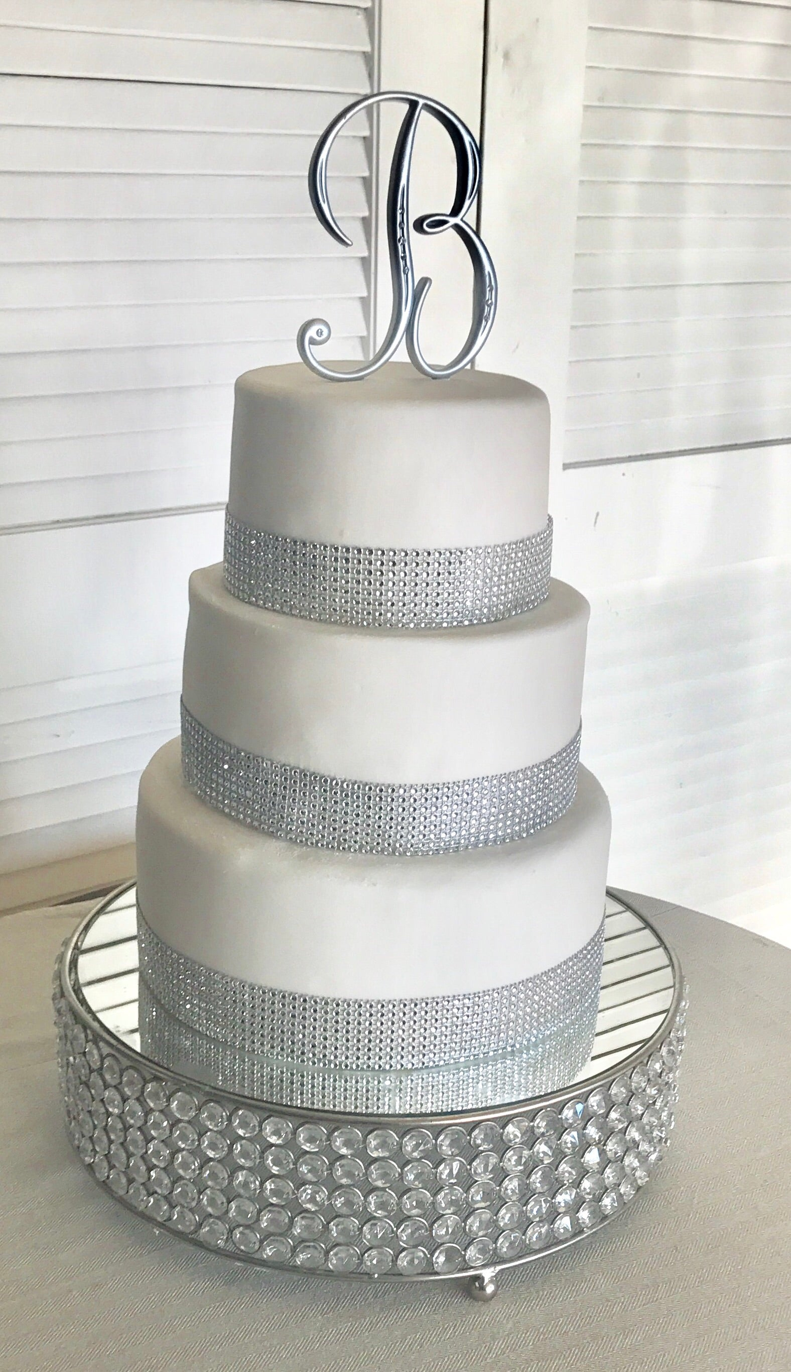 WEDDING CAKE RHINESTONES