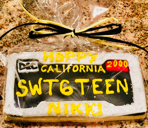COOKIE FAVORS SWEET 16 PERSONALIZED